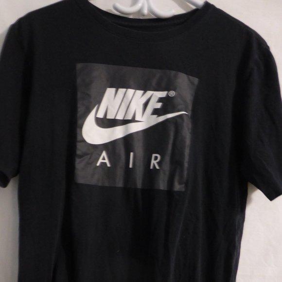 """NIKE TEE, """"The Nike Tee"""" medium, black t-shirt"""